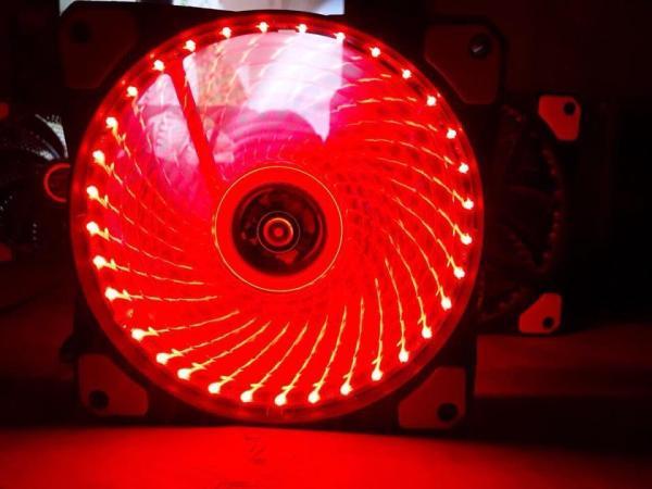 Giá Quạt tản nhiệt ,fan case cho case máy tính , Fan Case 12cm ,Quạt 12 cm Led Đỏ  kèm ốc vít - QUẠT 12 CM 33 bóng màu đỏ