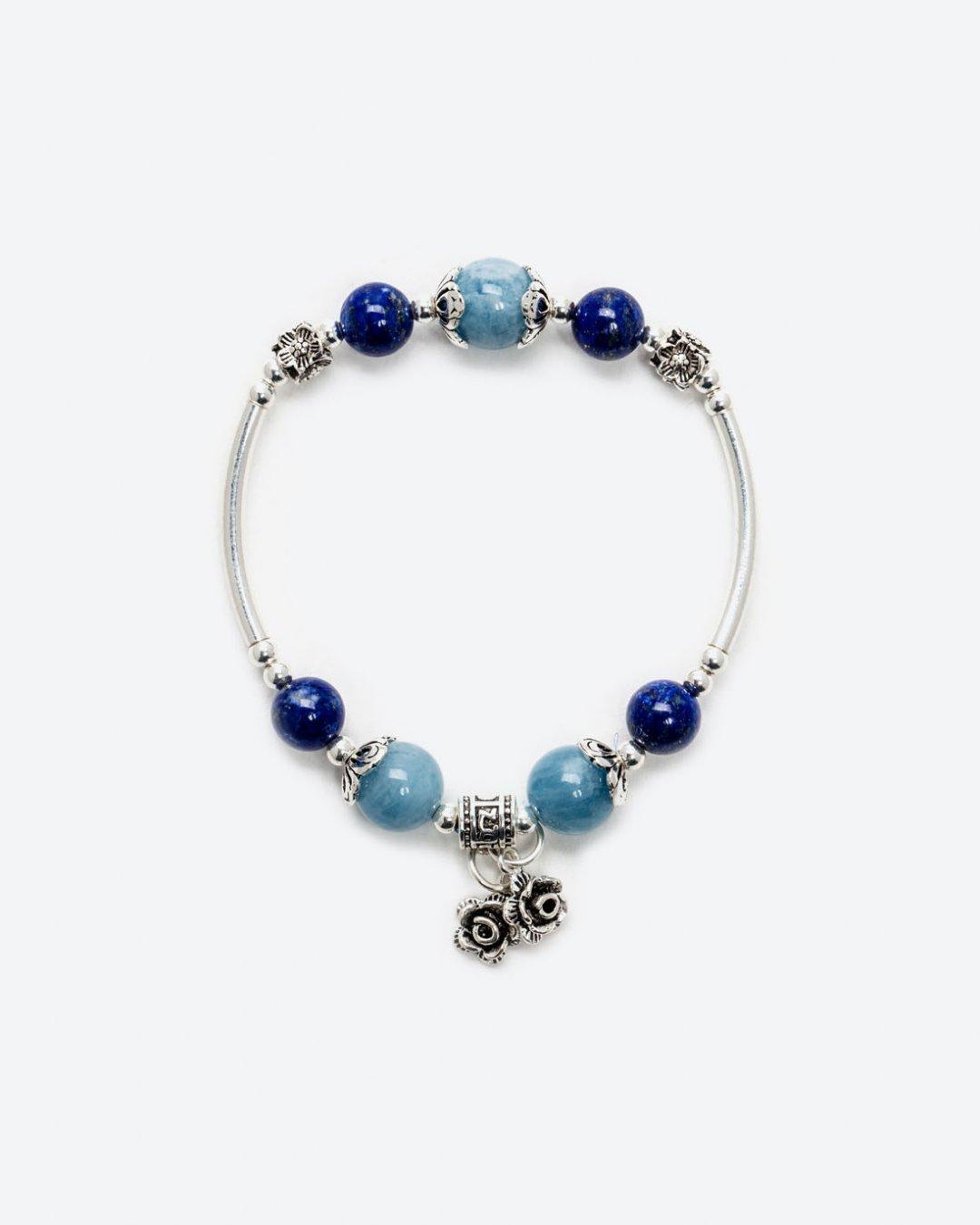 Vòng Tay Đá Aquamarine Mix Đá Lapis Charm Hoa Bạc Mệnh Thuỷ Mộc 10mm (màu xanh biển) - Ngọc Quý Gemstones