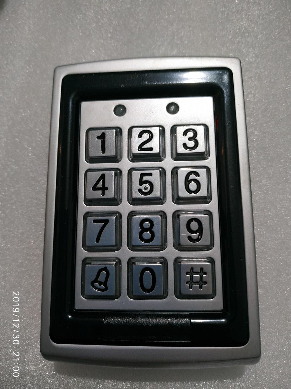 Bàn Phím số cửa cổng Keypad - tích hợp đầu đọc thẻ từ RFID, vỏ Inox bền đẹp