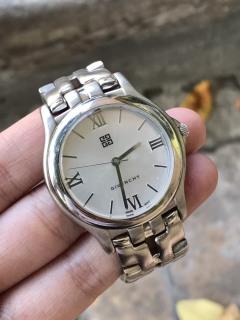 Đồng hồ nữ GIVENCHY cao cấp thumbnail