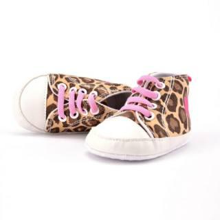 giày bốt tập đi cho bé