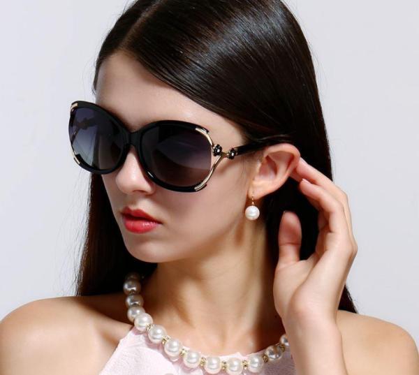 Giá bán Kính mắt nữ đẹp thời trang - Kính mắt nữ cao cấp - Kính mát đi biển chống UV