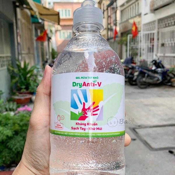 KM CHỐNG DỊCH CORONA  Gel rửa tay khô tinh dầu Trà Xanh và Nha Đam 500ml TAHAKI SHOP giá rẻ