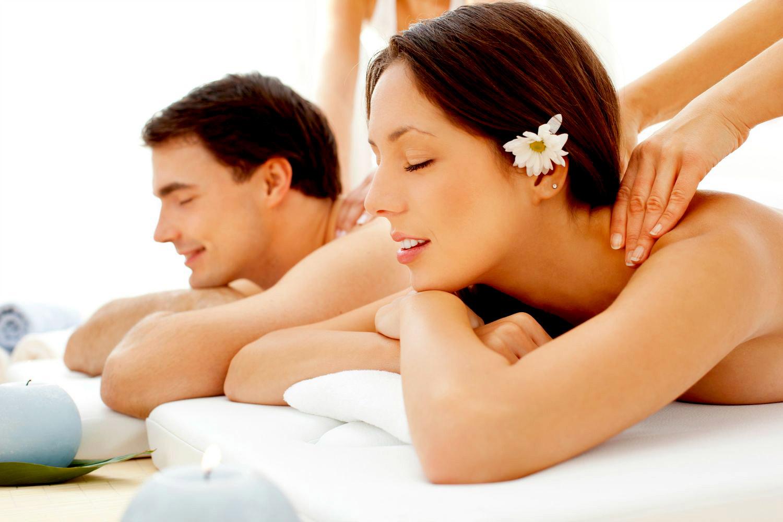 [Massage Khỏe 909 Âu Cơ] Massage Body 90' (Massage Bấm Huyệt Trị Liệu Kèm Tinh Dầu - Đá Nóng) + tặng 01 suất Gội đầu thảo dược trị giá 95.000đ