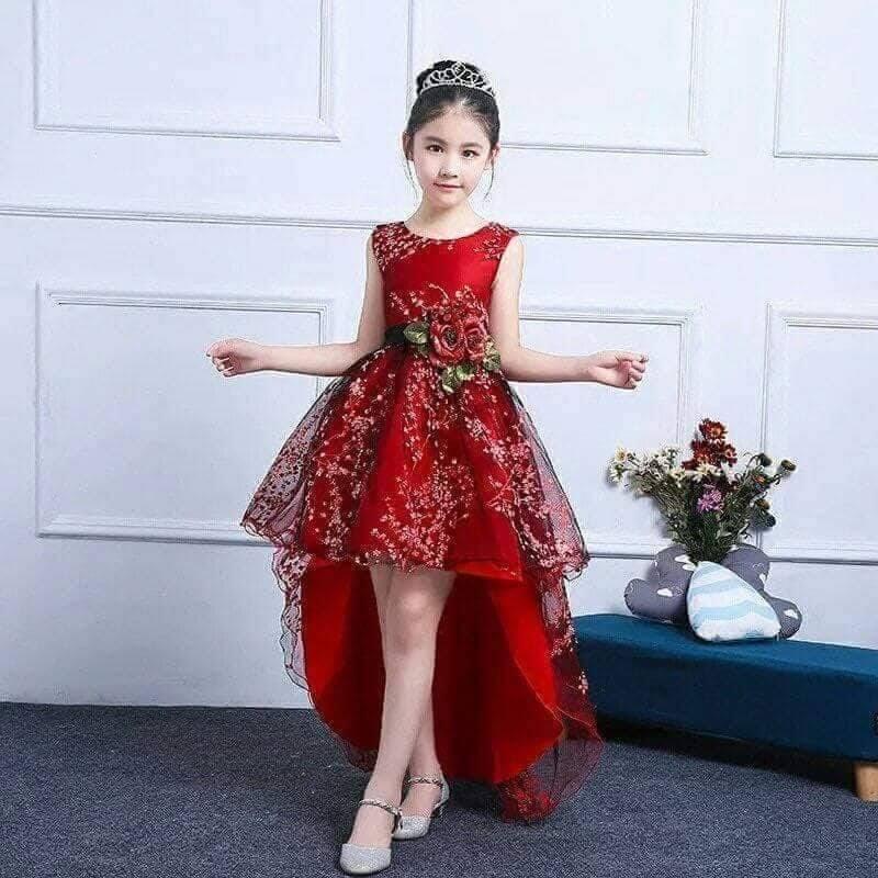 Giá bán đầm công chúa bé gái đỏ đuôi tôm cho bé  9 đến 40kg