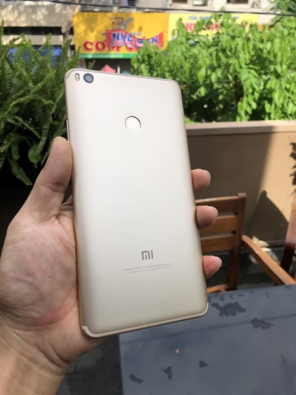 Điện thoại xiaomi mi max 2 cpu 8 nhân ram 4gb 64gb 2 sim màn hình khủng 6.44 inch