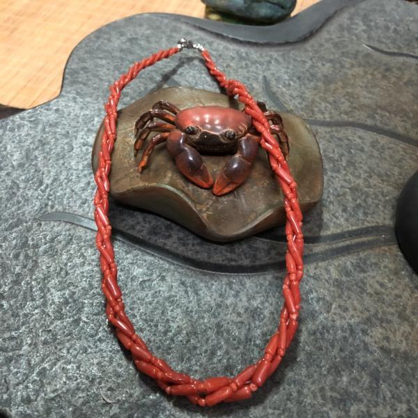 Vòng cổ san hô đỏ hoá ngọc