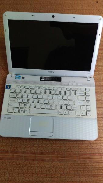 Bảng giá Laptop Sony VPCEG 61A14L / Intel Core i3 2330M ~ 2.2Ghz / Ram 4G / HDD 320G / Windows 10 Pro / Tặng kèm cặp + chuột không dây + lót chuột Phong Vũ