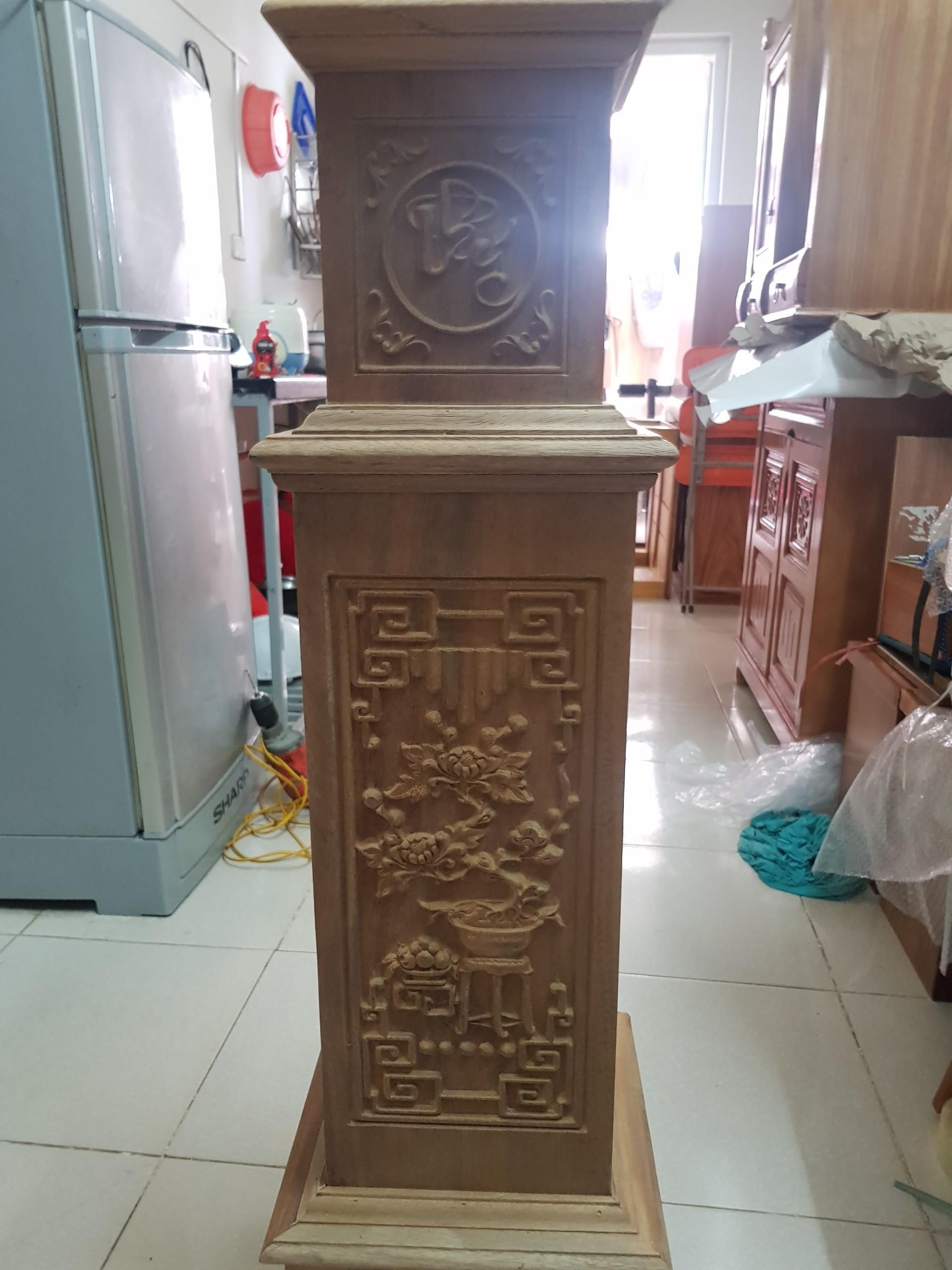 Trụ cầu thang gỗ lim, free vận chuyển lắp đặt TP.Hà Nội - 2