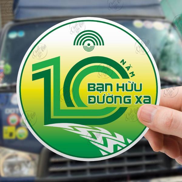 Combo logo 10 Năm Bạn Hữu Đường Xa sticker hình dán ô tô