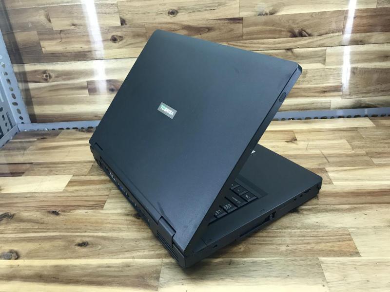 Laptop To.shiba J81