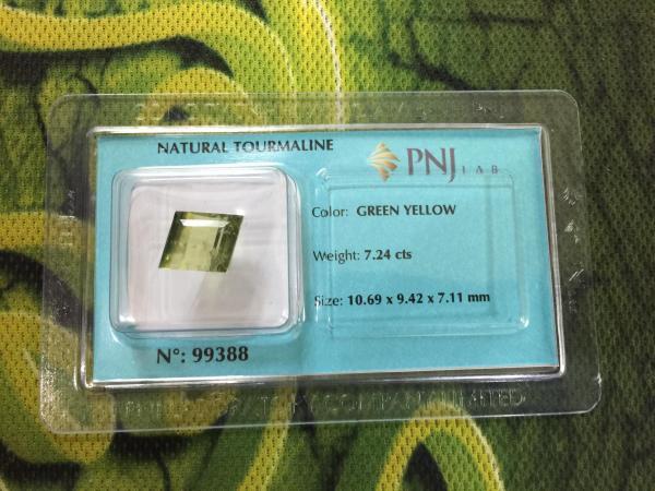 Viên đá Tourmaline thiên nhiên màu xanh vàng PNJ 99388