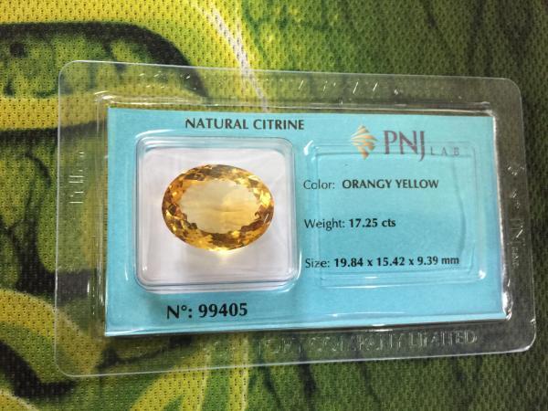Viên đá Citrine thiên nhiên màu mật ong rất đẹp PNJ 99405