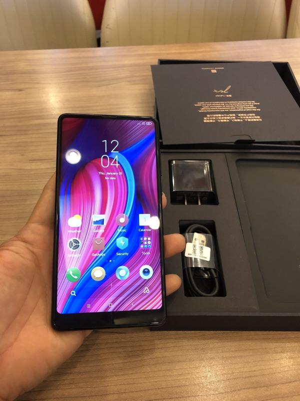Điện thoại xiaomi mi mix 2 fullbox 2 sim snap 835 ram 6gb 64gb likenew