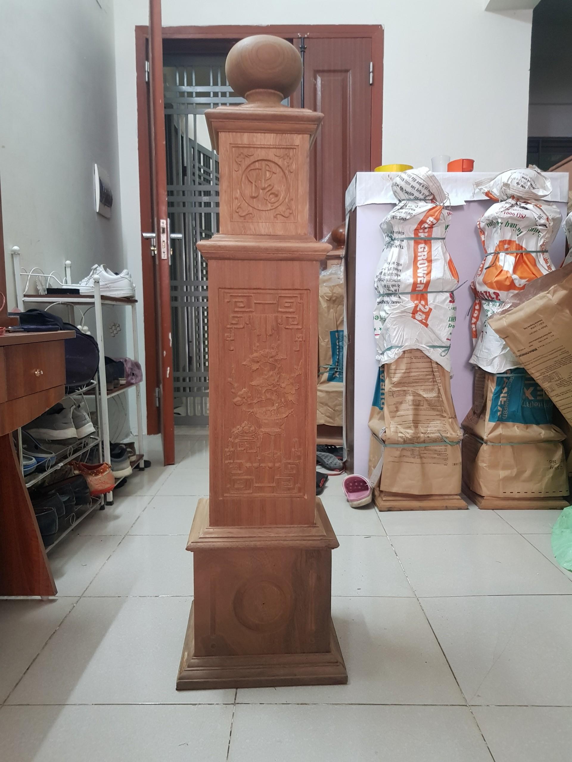 Trụ cầu thang gỗ lim, free vận chuyển lắp đặt TP.Hà Nội - 1