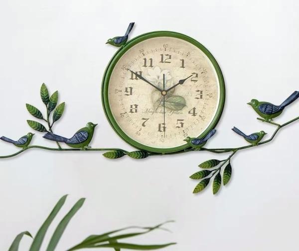 Đồng hồ treo tường những chú chim trong khu vườn bán chạy