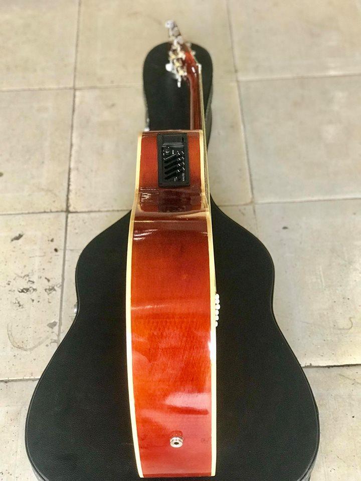 Đàn Guitar Giá rẻ có EQ