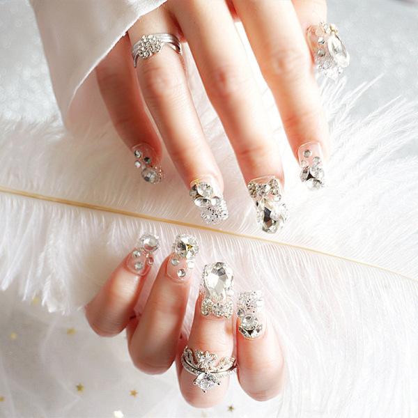 bộ 24 móng tay giả dính đá, mẫu móng tay cô dâu siêu hot giá rẻ