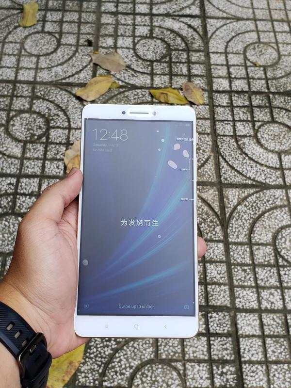 Điện thoại xiaomi mi max màn hình khủng 6.44 inch 2 sim cpu 8 nhân ram 3gb 32gb