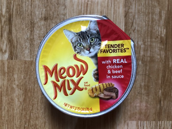 Meow mix Tender Favorites® With Real Chicken & Beef in Sauce
