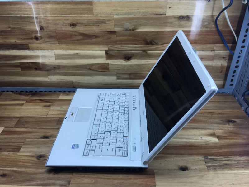 Laptop Fujitsu NF70