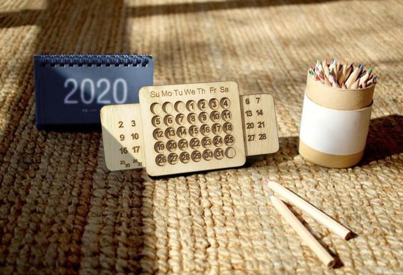 Lịch Gỗ để bàn 2020  cực hot