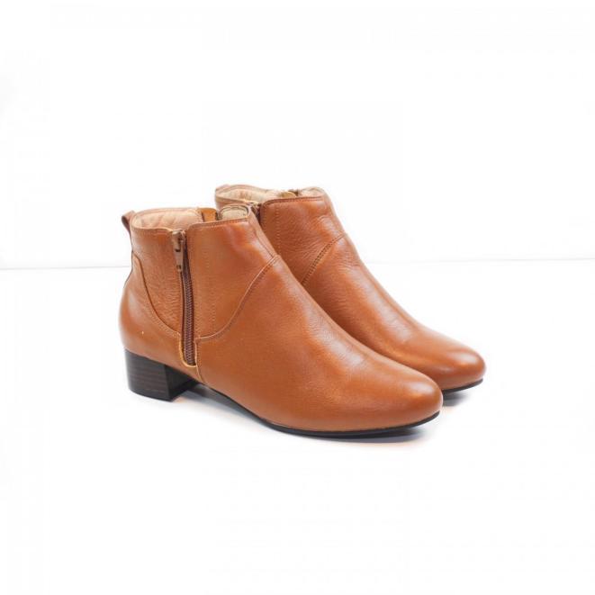 Giày Boot Thấp 3cm Cổ Ngắn 2 Dây Kéo Da Bò Thật Màu Nâu Pixie P697 giá rẻ