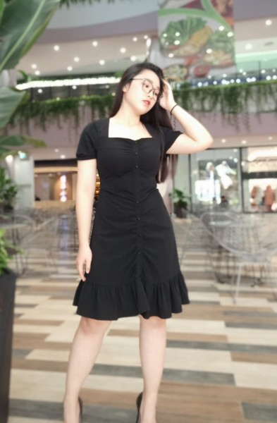 Đầm Bigsize lotifas dự tiệc cổ vuông màu đen cho người béo mập