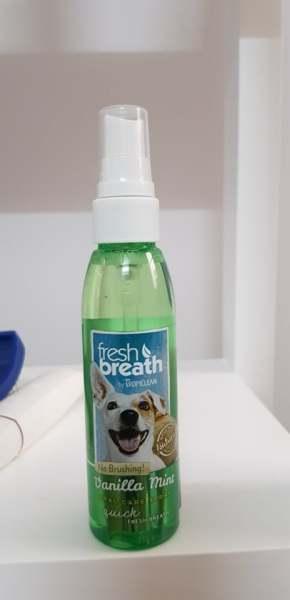 Xịt thơm miệng cho chó mèo Tropiclean USA