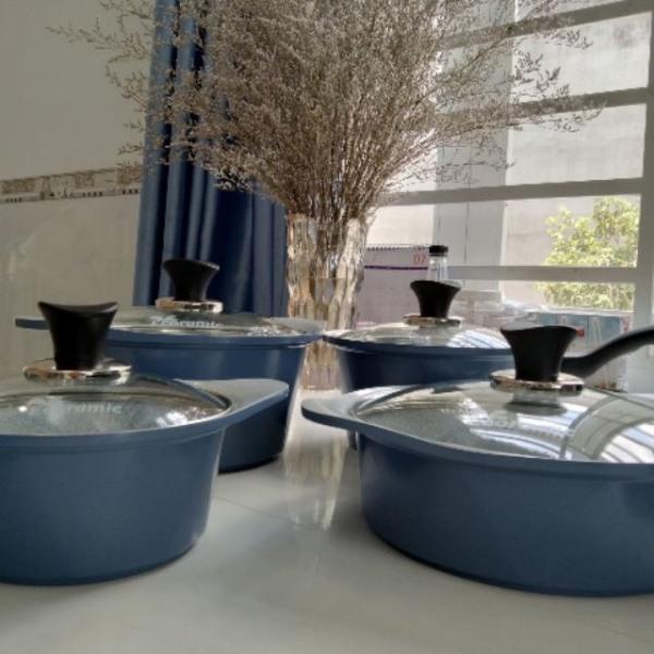 Ecoramic- Bộ 4 nồi Ceramic gốm sứ công nghệ Hàn Quốc (18-20-22-24cm)- Tặng cặp nhấc nồi