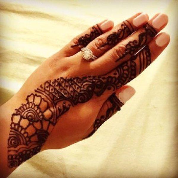 Màu vẽ Henna Ấn Độ Nguyên Hộp