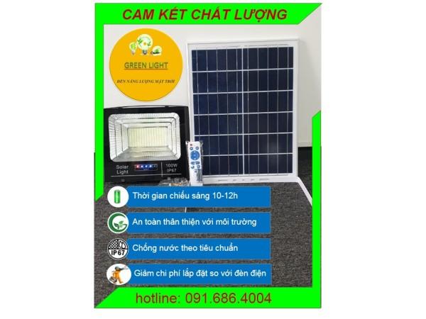 Đèn năng lượng mặt trời 100w có đèn báo sạc (Green Light), vỏ nhôm chống nước IP67, thời gian sáng kéo dài trên 10-12h, bh 12 tháng, 1 đổi 1 trong tháng đầu