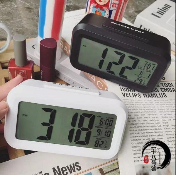 Nơi bán đồng hồ điện tử để bàn đa chức năng báo thức đo nhiệt kế