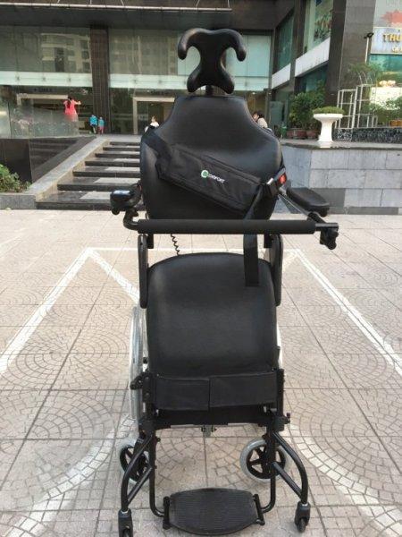 xe lăn điện cao cấp Đài Loan hỗ trợ phục hồi chức năng chân cao cấp