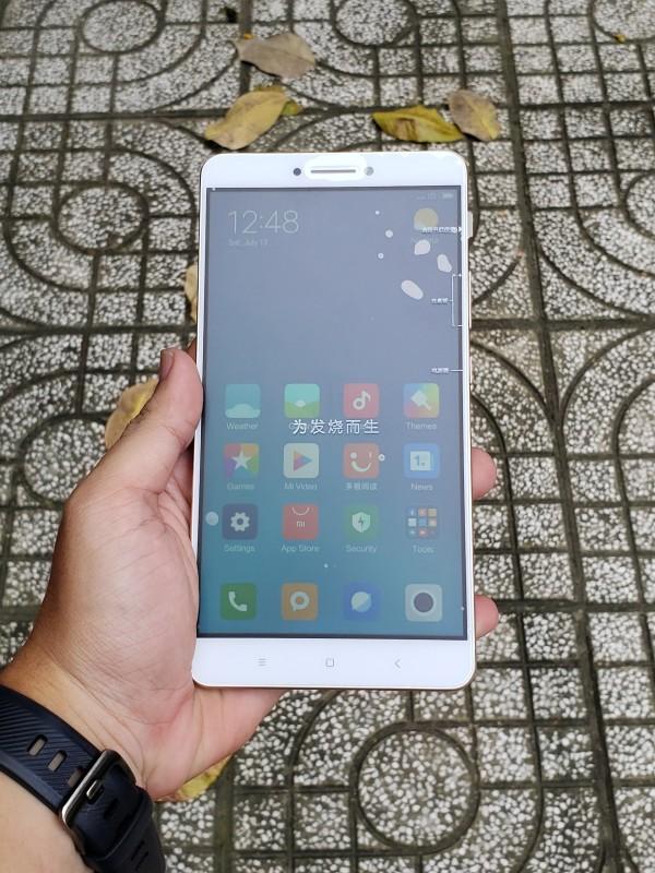 Điện thoại xiaomi mi max có tiếng việt màn hình khủng chơi game 6.44 inch