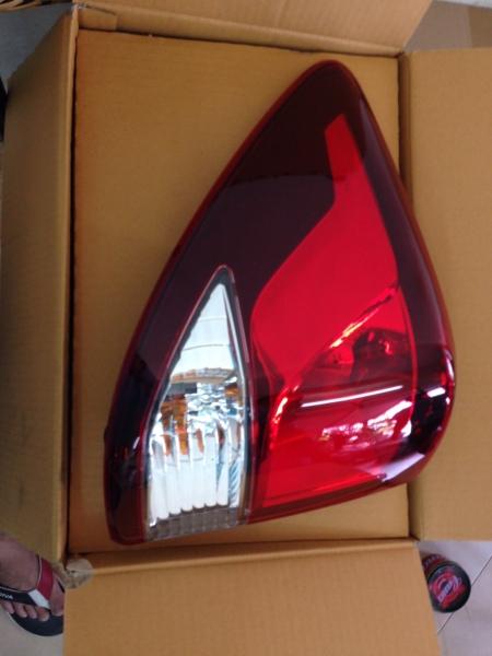 Đèn hậu ngoài BT50 2012 (0349049352)