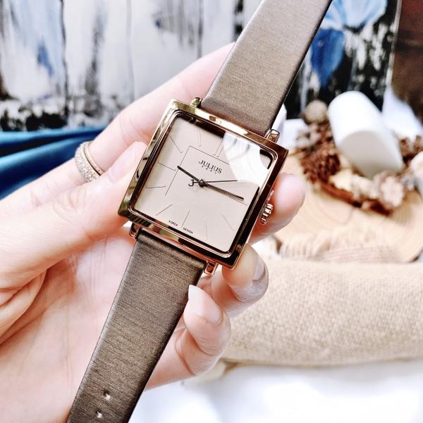 Đồng hồ nữ Julius JA-354 dây da mặt vuông size to