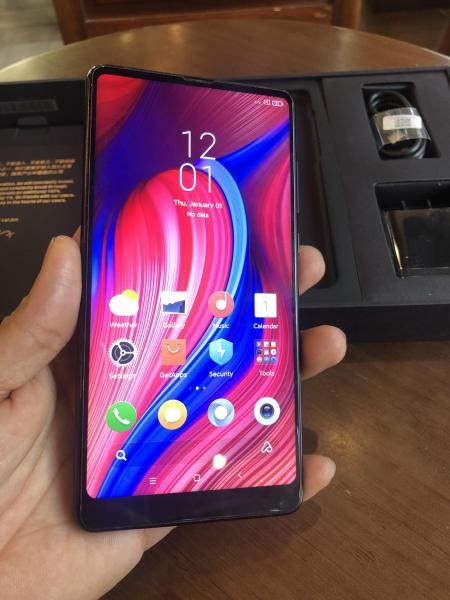 Điện thoại xiaomi mi mix 2 nguyên hộp cấu hình khủng 2 sim cpu snap 845 ram 6gb 64gb