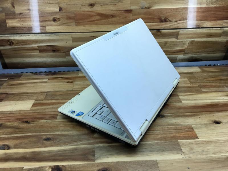Laptop Sotec R504