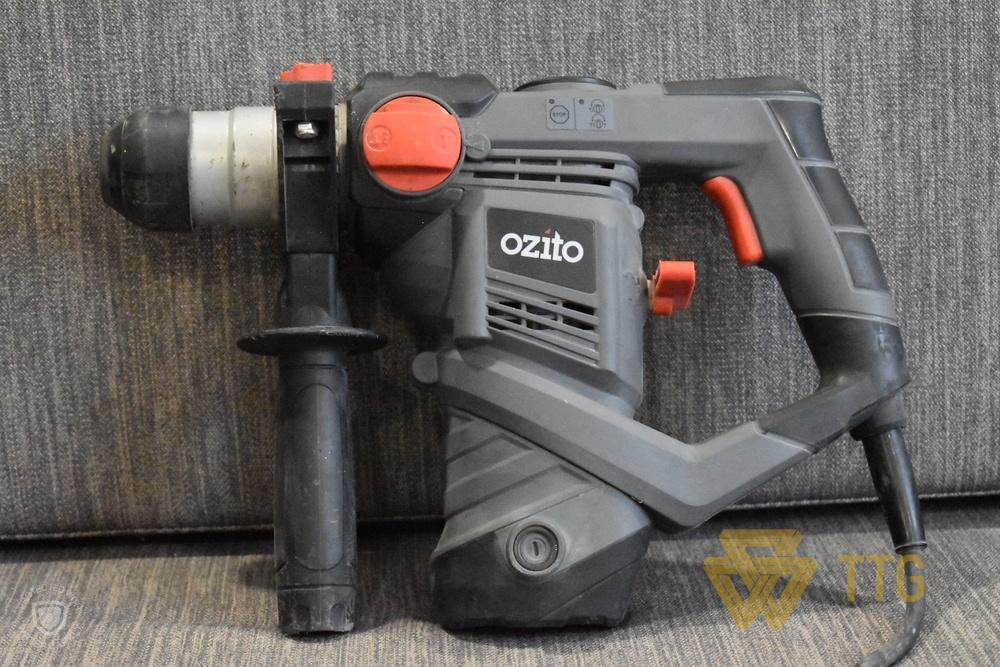 Khoan Đục Bê Tông Ozito 900W RHD-900