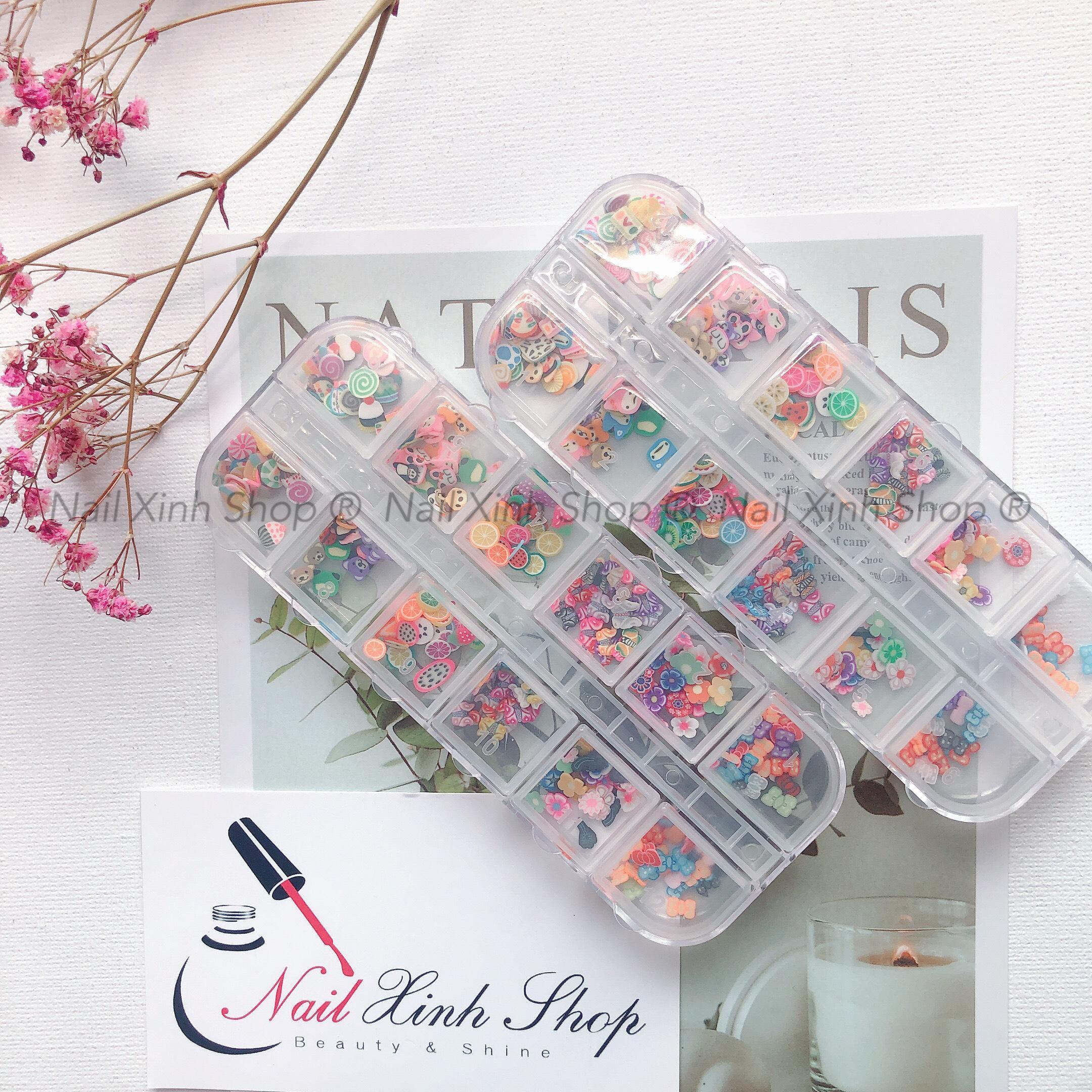 Khay nail 12 ô trang trí móng tay, phụ kiện nail hot 2020 ( hộp 12 ô, mix xà cừ,đá, icon 3D, hoa) cao cấp
