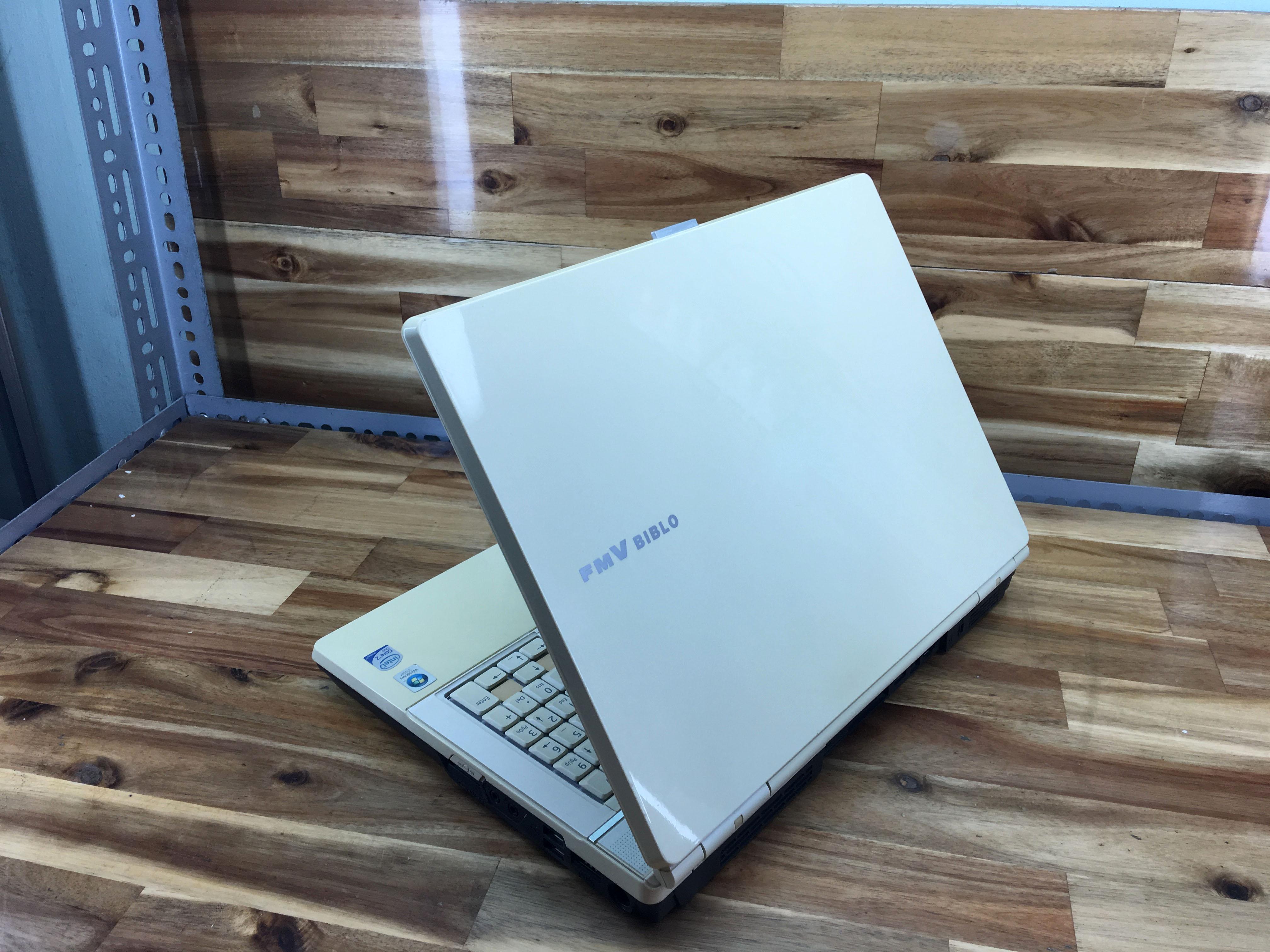 Laptop Fujitsu FMV NF/B70