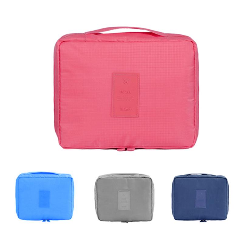 Túi đựng vật dụng cá nhân đa năng Monopoly Travel (Hồng) .