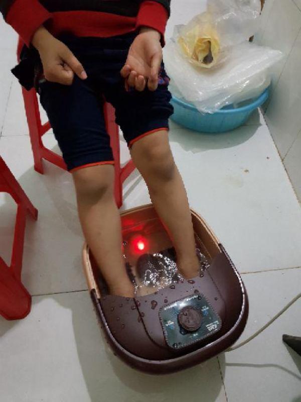 Chậu ngâm chân massage cao cấp - Bồn ngâm chân mát xa hồng ngoại thư giãn hàng loại tốt cao cấp