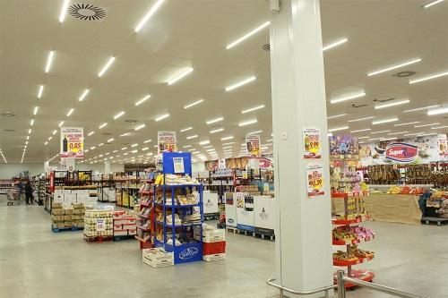 Bóng led tuýp T8 ứng dụng chiếu sáng siêu thị