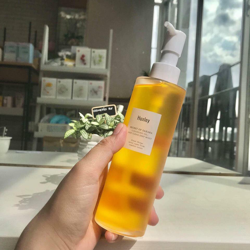 Image result for Huxley Cleansing Oil; Deep Clean, Deep Moist 200ml