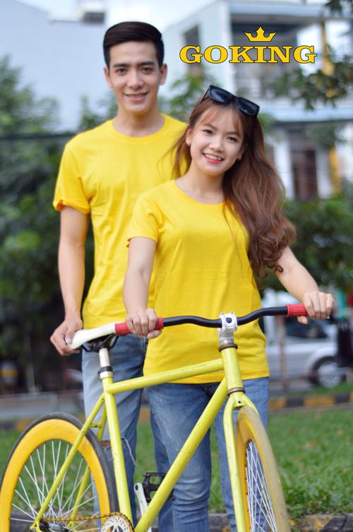 áo thun cotton cặp màu vàng siêu đẹp